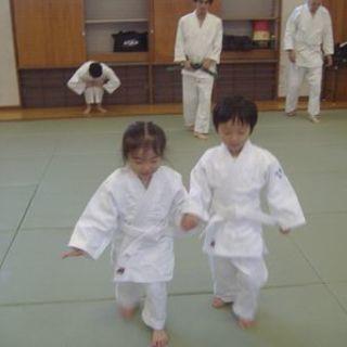 未就学児(3歳~6歳まで)から参加できる親子合気道及びキッズ教室 !!
