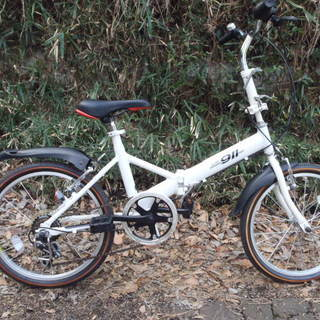 ノーパンクタイヤの折りたたみ自転車 中古自転車 143