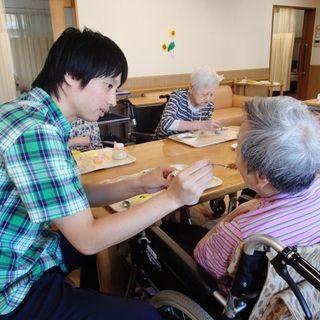 未経験で年収370万円~!フルタイムで働ける介護職員募集!