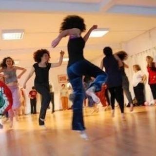 南米発祥のダンスセラピー「ビオダンサ」