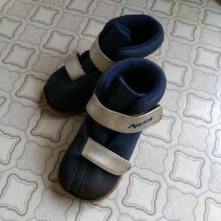 アップリカ12.5㎝ベビーブーツ靴 1才