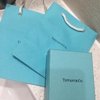 ティファニー 箱と紙袋