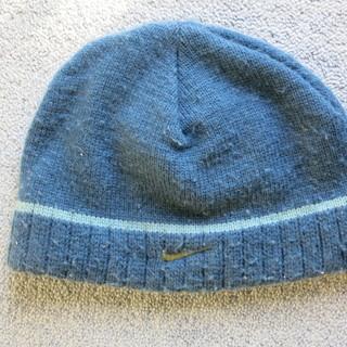 ナイキのニット帽