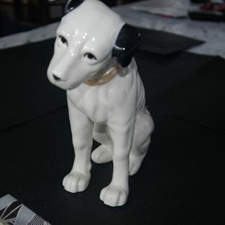再々再値下げ品 ビクター犬ニッパ君の陶器置物(Lサイズ)