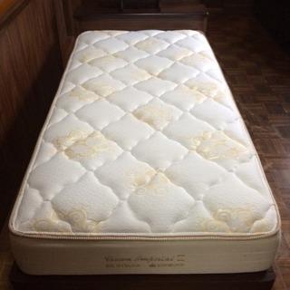 値下げ!収納付シングルベッド!(マットレス付)✨