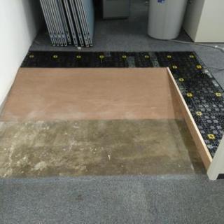 未経験者大歓迎 内装 床工事のお仕事です。
