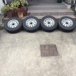 スタッドレスタイヤ165/R13 6PR バン用のスタッドレスタイヤ