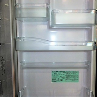 ☆日立 HITACHI R-S30YMV 300L 3ドアノンフロン冷凍冷蔵庫◆容量たっぷり - 横浜市
