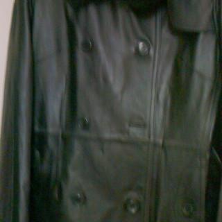 ラム革 フォックス襟付き コート【ブラック】