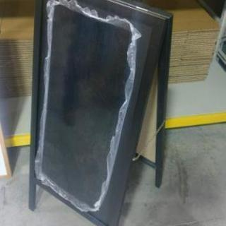 豊橋近辺で店舗を持ち方、ブラックボードの設置写真を撮らせて下さい