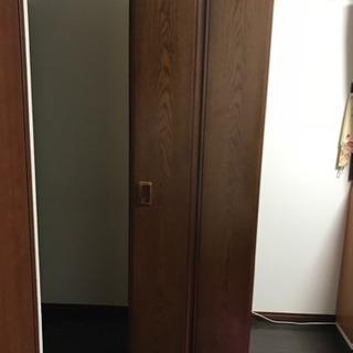 【値下げ中!!】カリモク(KARIMOKU) タンス〔内側鏡付き〕