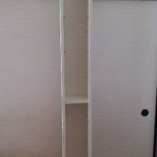 IKEAの白い本棚差し上げますの画像