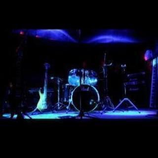 ライブハウスでカラオケパーティー