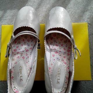 女児 発表会用 靴 23センチ 白