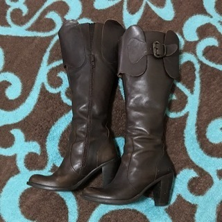 Rosebadのブーツ