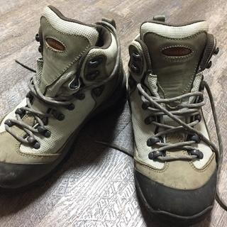 モンベル 登山靴(トレッキングシューズ) 24.0㎝