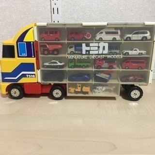 お買い得 トミカ 収納トラック36台 セット