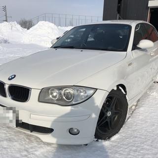 お洒落なコンパクトカー☆ BMW 118i☆ローダウン☆人気のホワイト