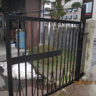 福岡便利屋、門のさび落し塗装、門の作成