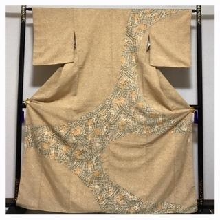 上質 正絹 訪問着 紬 袷 薄い茶 染め 花模様 中古品