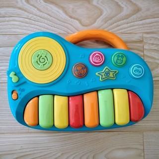ピアノのおもちゃ