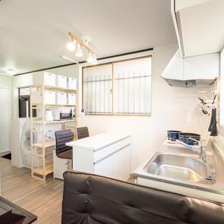 新宿まで6分!!リノベーションされたばかりの完全個室のシェアハウス