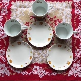 《リラックマ》小さな丸皿 ✳︎ マグカップ 3個セット