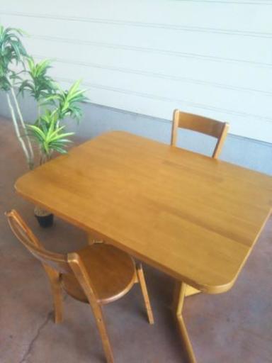 二人用ダイニングテーブルセット激安で えこりっち 柏原のテーブル