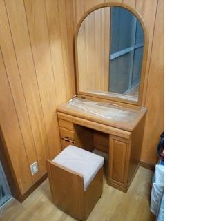 木製ドレッサー