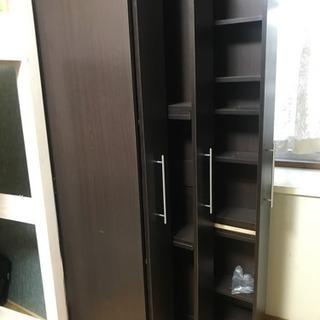 スライド収納の本棚