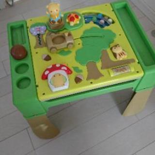 【再投稿】コンビ 森のお絵かきへんしんテーブル