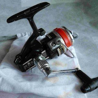 スピニングリール(小型)OLYMPIC製