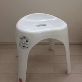 未使用 ニトリ 裏面も洗いやすい 抗菌風呂イス ブロウ 高さ35c...
