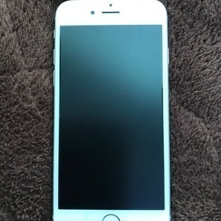 iPhone6s 64GB シルバー au