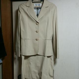 【新品同様】プレタポルテ スーツ