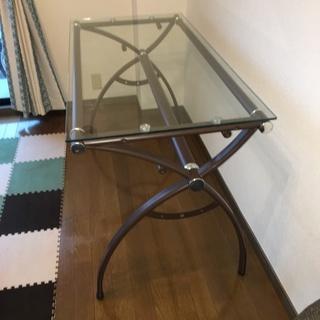 おしゃれな IKEA ガラス天板デスク&チェアー セット - 家具