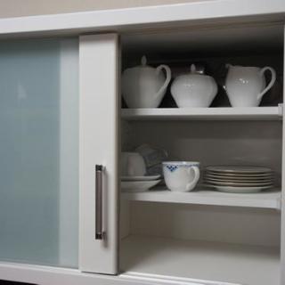 ニトリ 食器棚 (配送料含まず) − 兵庫県