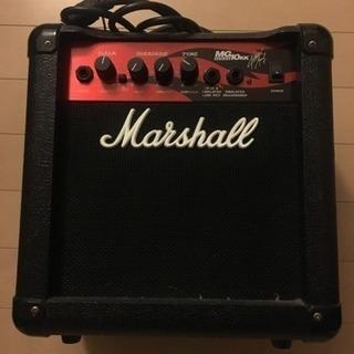 マーシャルのベースアンプ