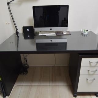 [引取り限定]【美品・中古】IKEA 木製デスク(天板ガラ…