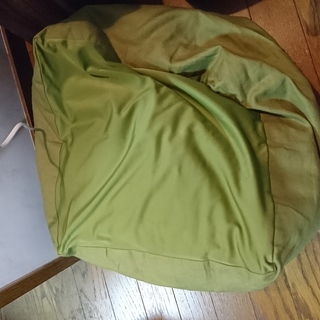 ニトリ ビーズクッション(小)グリーンのカバー付き 2個セット