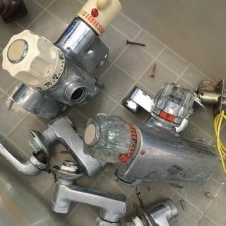 激安!古い水栓を新しくしませんか!   ^_^