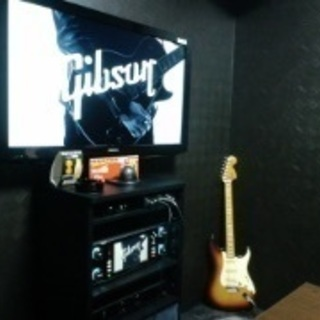 カラオケ屋でギター弾いてくれる人募集‼️