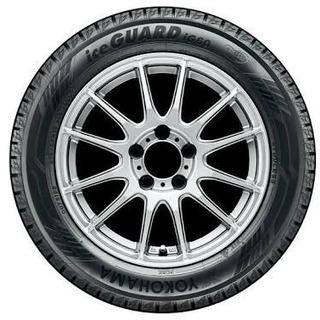 ラジアルタイヤ、スタッドレスタイヤ保管します。