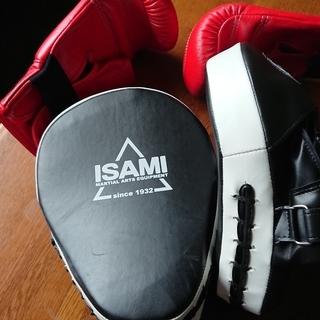 ボクシング パンチンググローブ ミット セットです。 2,3回、近...