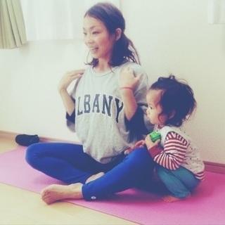 ママとベビーのヨガ yoga rainbow in新所沢