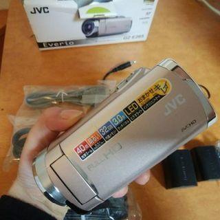 Everio GZ-E265 ビデオカメラ【今日中の取引限定】