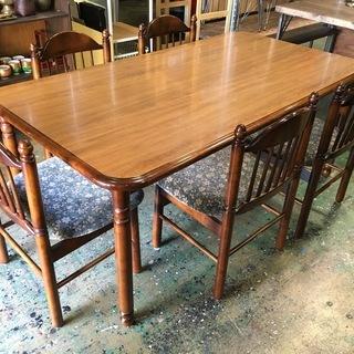 【値下げ】オールド カリモク   ダイニングテーブルと椅子5脚(コ...