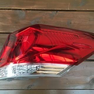 トヨタ アスリート 前期型 AWS210 テールライト ジャンク品
