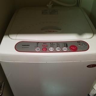 一人暮らし用洗濯機 東芝製の画像