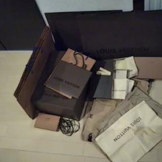 値下げルイヴィトン 大量 箱 袋 布袋 紙袋 大箱 美品多数 空...